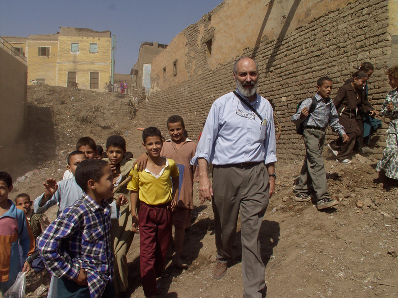(Oct 8,2003 Ashmoneen, Egypt) -- Robert Ludwig, president of Hands Along The Nile, walks throught an open lot which a new community center will be built in the village Ashoneen.<br /> Photo: Michael Rieger<br /> 720-331-6402