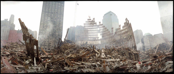 DR-1391-NY<br /> 9-19-2001<br /> (New York City, NY)<br /> The center of ground zero.