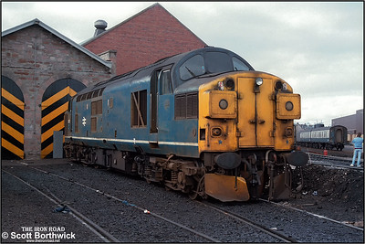 37017 is stabled on Inverness TMD (IS) at 1225 on 21/04/1984.