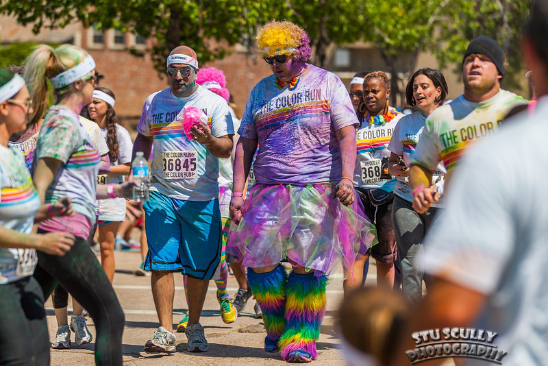 IMAGE: http://www.stuscully.com/OnTheLighterSide/Events/2013-Baton-Rouge-Color-Run-5K/i-BsKk56H/1/L/8C0U5901-L.jpg