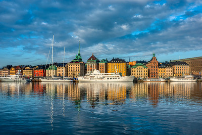 Early morning stroll along the Stockholm water front
