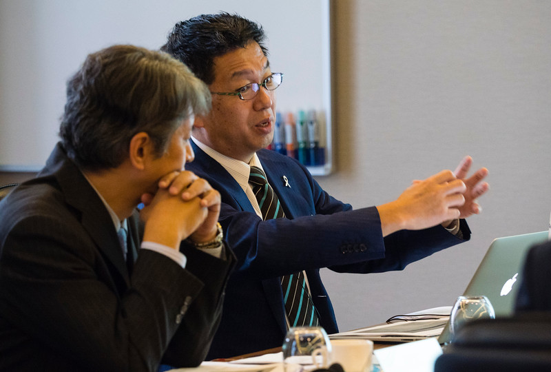 Dr Reck and Japanese doctors discusses the latest research on lung cancer during the latest research on lung cancer