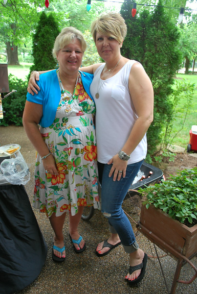 Cindy Hudlow and Teresa Williamson (1)