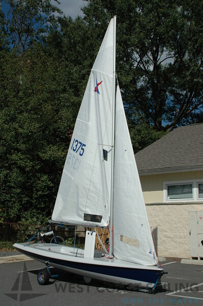V15 Stock Sailboat Photo Gallery
