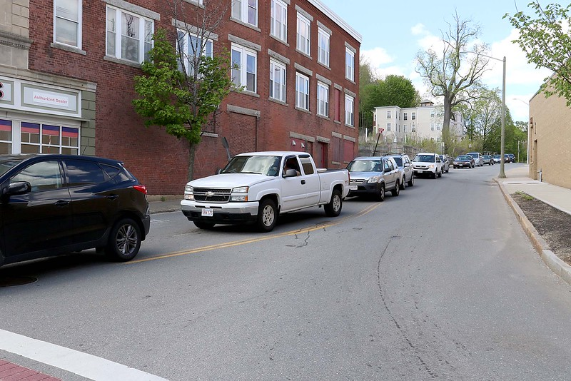 Cars are lined up on Blossom Street waiting to turn onto Main Street onto the one lane portion of the road in Fitchburg on Tuesday afternoon. SENTINEL & ENTERPRISE/JOHN LOVE