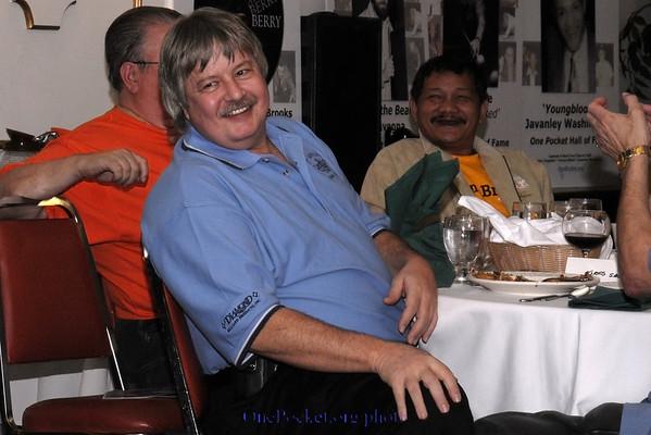 Greg Sullivan and Efren Reyes share a good laugh