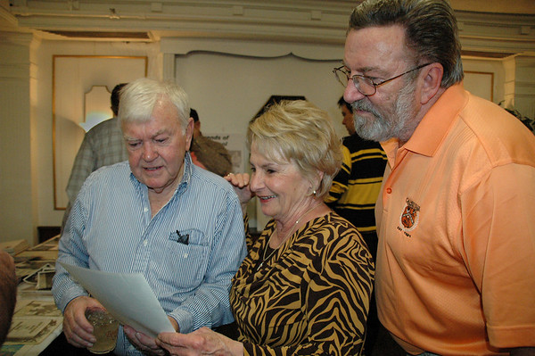 Marshall Carpenter with the McNeals<br /> -- Diana Hoppe photo