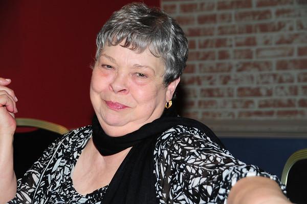 Jean Daulton, Shannon's mom