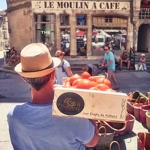 « Elles sont belles mes tomates. »  - day#199 - year#08