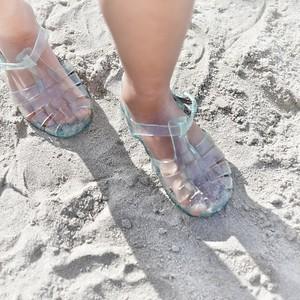 la sensation du sable dans les méduses, la sensation des méduses dans le sable - day#227  -  year#06