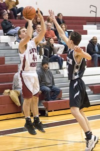 Lower_Merion_vs_Strath_Haven_boys_Bball__2017-15