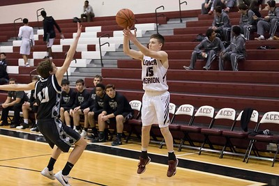 Lower_Merion_vs_Strath_Haven_boys_Bball__2017-2