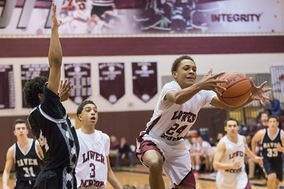 Lower_Merion_vs_Strath_Haven_boys_Bball__2017-17