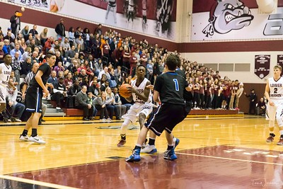 LMHS_boys_Basketball_vs_CBS-24