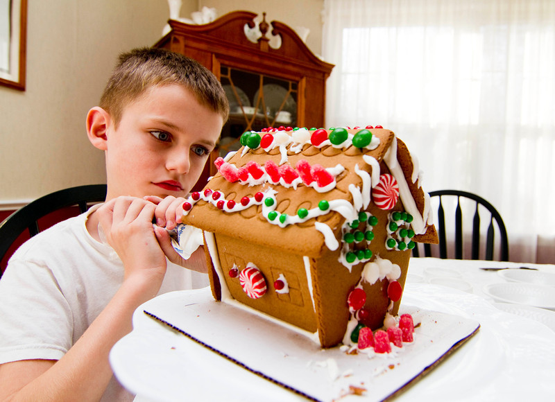 The black Friday tradition of making gingerbread houses.