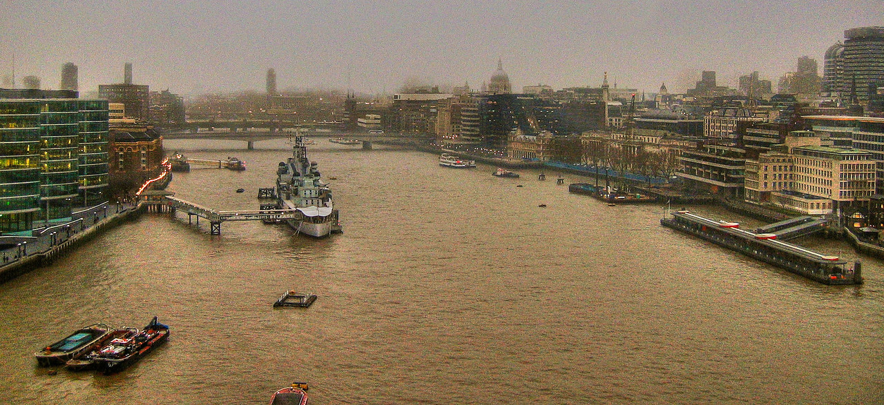 View of Thames from atop London Bridge 2003