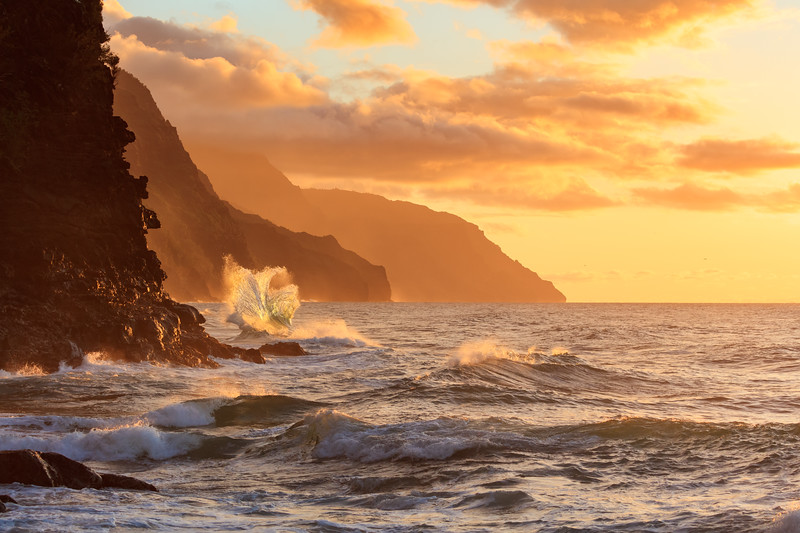 Na Pali Wave - Fleur-de-Lis at Sunset