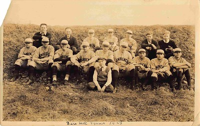Baseball team, 1923. Oldest picture in this Archive, so far.