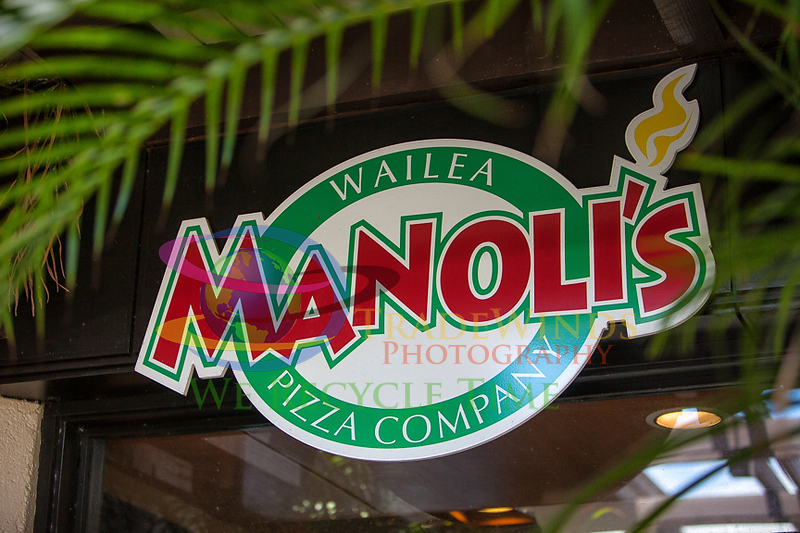 Manoli's-1744