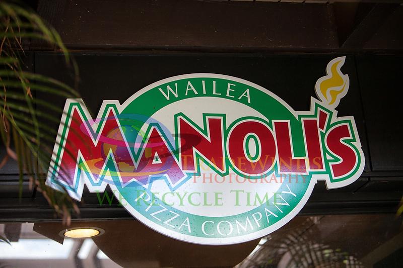 Manoli's-1743