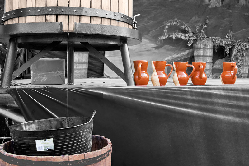 Barrel for treading grapes