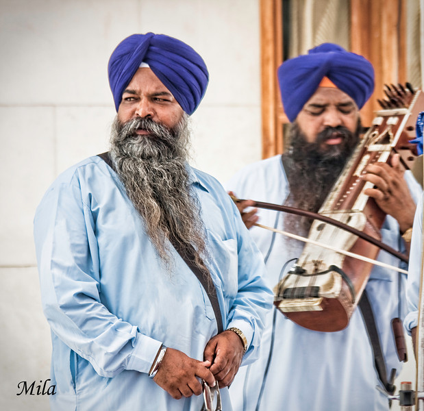 "Sikh musicians<br /> <br /> <a href=""http://en.wikipedia.org/wiki/Sikh_music"">http://en.wikipedia.org/wiki/Sikh_music</a>"