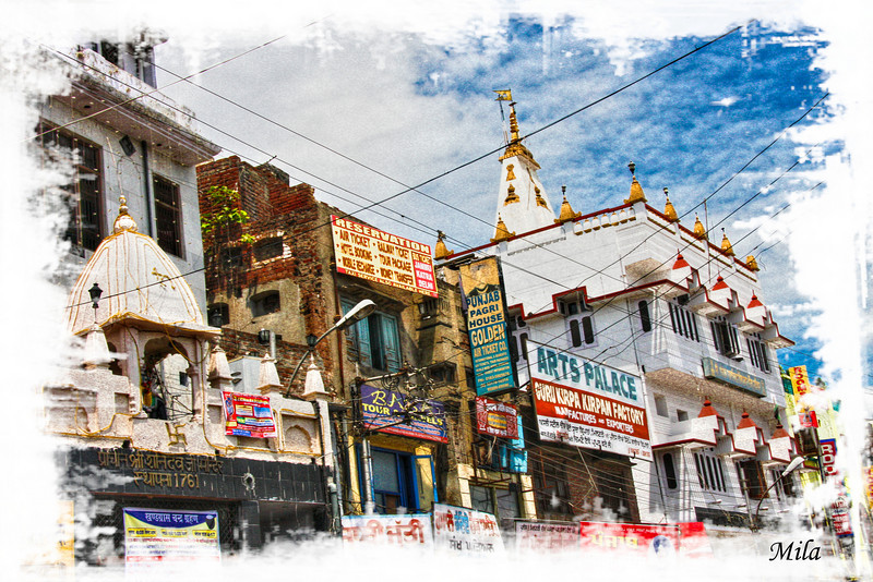 "Amritsar is a city in the state of Punjab (northwestern part of India) and home to the Harmandir Sahib, also known as the Golden Temple, the spiritual and cultural center of the Sikh religion<br /> <br /> <a href=""http://en.wikipedia.org/wiki/Amritsar"">http://en.wikipedia.org/wiki/Amritsar</a>"