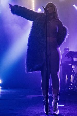 Bebe Rexha - Trix - 2017