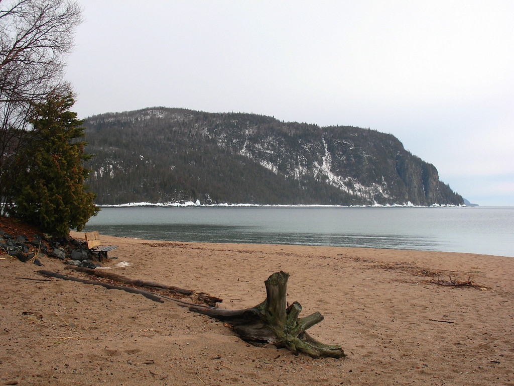 The rain soon broke and I headed south back into the park...this is Old Woman Bay...