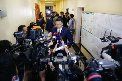 Иргэдийн Төлөөлөгчдийн Хурлын 2020 оны ээлжит сонгуульд оролцох хүсэлтээ Нийслэлийн Сонгуулийн хороонд хүргүүллээ