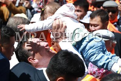 2017 оны зургаадугаар сарын 06. Монгол Улсын Ерөнхийлөгчийн сонгуулийн албан ёсны нээлт эхэлж байна. МАХН-аас Ерөнхийлөгчийн сонгуульд нэр дэвшигч С.Ганбаатарын сонгуулийн сурталчилгаа эхэллээ. ГЭРЭЛ ЗУРГИЙГ Б.БЯИБА-ОЧИР /MPA