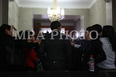 2017 оны арванхоёрдугаар сарын 06. Засгийн газрын өнөөдрийн ээлжит хуралдаанаар хэлэлцэж гаргасан шийдвэрийн талаар Сангийн сайд Ч.Хүрэлбаатар нар мэдээлэл хийлээ. ГЭРЭЛ ЗУРГИЙГ MPA