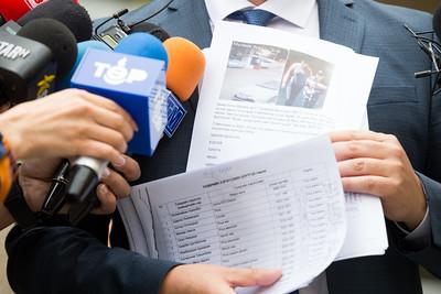 2020 оны зургадугаар сарын 21.  Бие даан нэр дэвшигч Л.Наранбаатар мэдээлэл хийлээ.  ГЭРЭЛ ЗУРГИЙГ Б.БЯМБА-ОЧИР/MPA