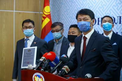2020 оны тавдугаар сарын 1.  Нам, эвсэлд Монгол Улсын их хурлын 2020 оны ээлжит сонгуулийн батламж олголоо.     ГЭРЭЛ ЗУРГИЙГ Б.БЯМБА-ОЧИР/MPA