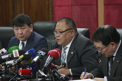 2019 оны хоёрдугаар сарын 12. Сонгуулийн ерөнхий хорооноос УИХ-ын Сонгуулийн Хэнтий аймаг дахь 42 дугаар тойрогт болох нөхөн сонгуулийн талаар өнөөдөр мэдээлэл хийлээ.  Монгол Улсын УИХ-ын чуулганы энэ сарын хоёрны өдрийн хуралдаанаар УИХ-ын сонгуулийн 42 дугаар тойрогт явагдах УИХ-ын гишүүний нөхөн сонгуулийг энэ сарын 10-ны өдөр товлон зарлаж, нөхөн сонгуулийн санал асуулгыг ирэх зургадугаар сарын 30-ны өдөр нөхөн сонгууль явуулахыг товлон тогтоол гарсан. ГЭРЭЛ ЗУРГИЙГ Г.ӨНӨБОЛД/MPA