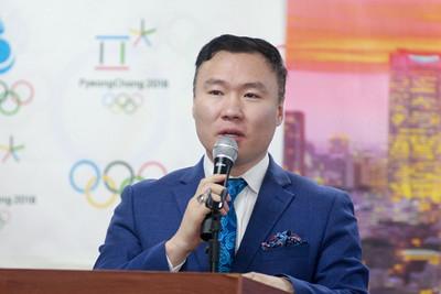 2020 оны нэгдүгээр сарын 17.Төрийн банкнаас Токио-2020 зуны олимпын Байт харвайны төрөлд өрсөлдөх 2 тамирчинд дэмжлэг үзүүллээ. ГЭРЭЛ ЗУРГИЙГ Д.ЗАНДАНБАТ/MPA