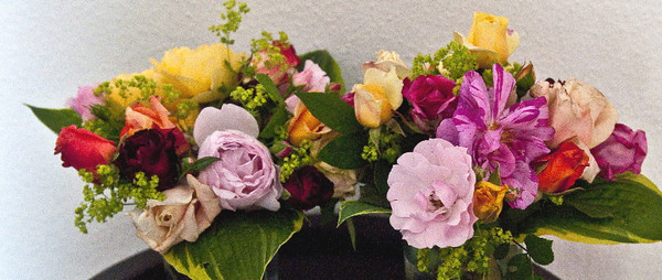 Twin bouquets<br /> <br /> 03-104