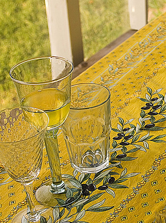 Wine glasses and tumbler II<br /> <br /> 01-042