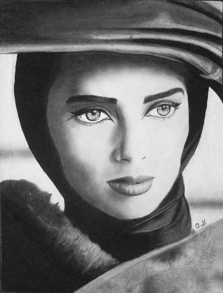 """""""Elizabeth Taylor"""" (Graphite and charcoal) by Anette Godfrey"""