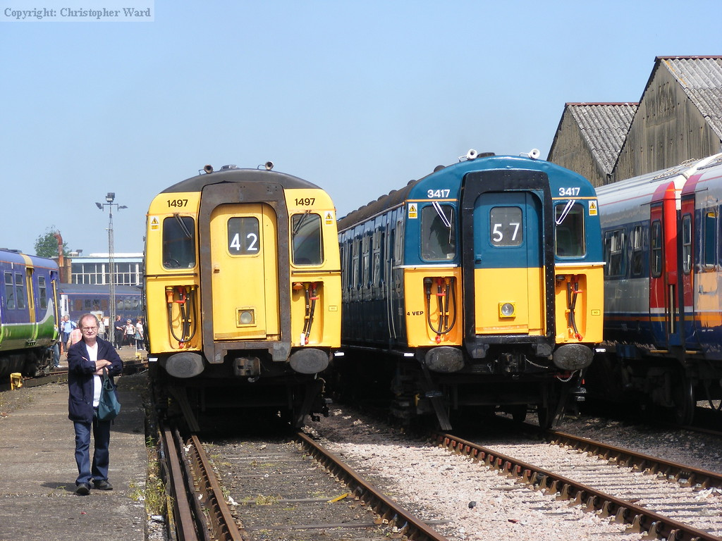 1497, one of the Lymington 3CIGs, and the Bluebell-owned 3417