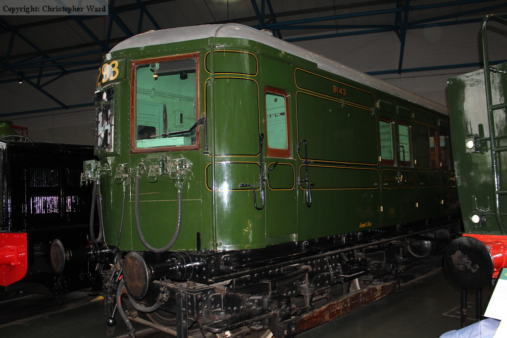 The LSWR vintage 4SUB driving car on display around the turntable in the Great Hall