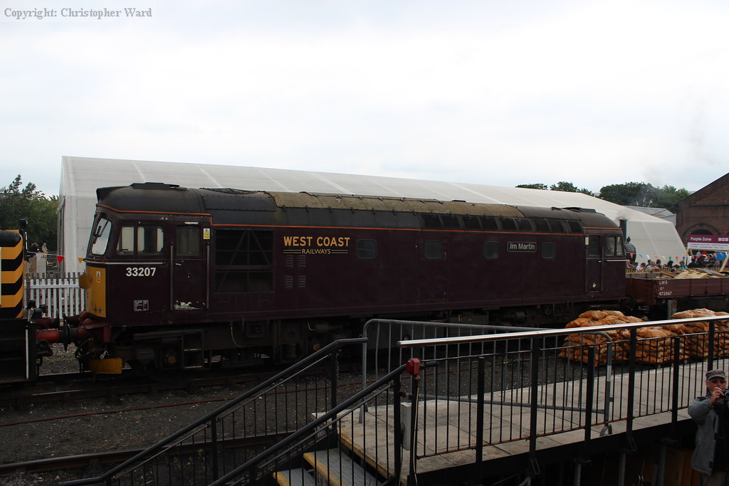 West Coast Railways 33307 having also been engaged in shunting during the week