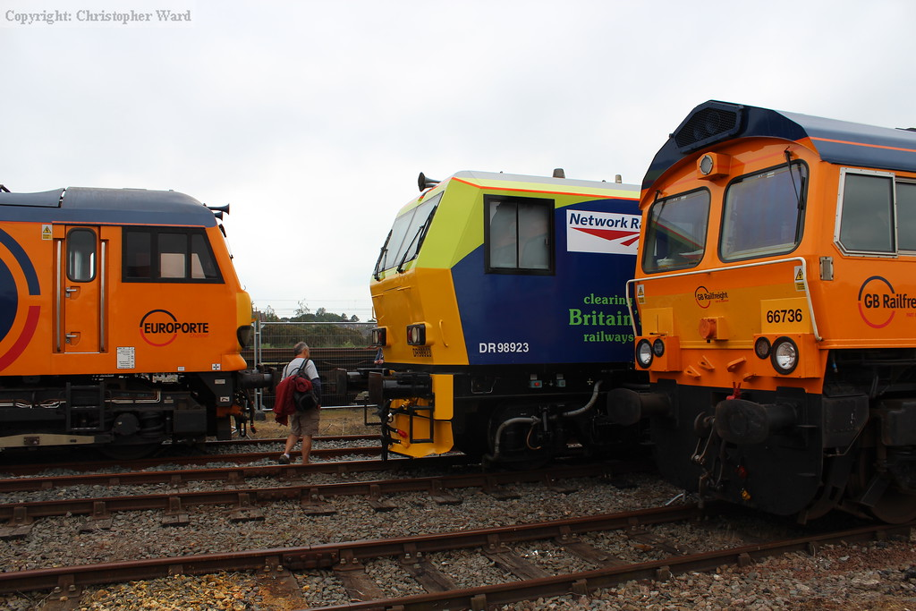 GBRf class 66 and 92 sandwich the Network Rail vehicle