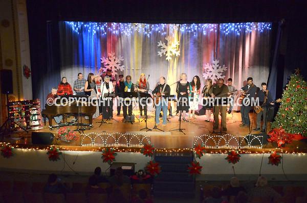 Open Mic Christmas 2016