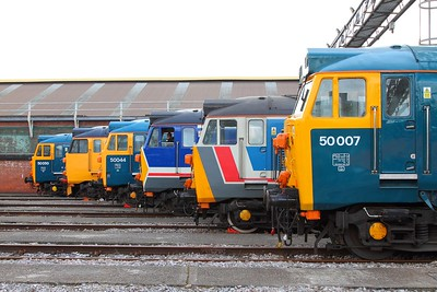 50007+50017+50026+50044+50049+50050 at Old Oak Common on the 2nd September 2017