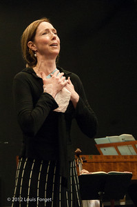 Soprano Jennifer Casey Cabot in rehearsal of Opera Lafayette's production of Il Barbiere di Siviglia by Paisiello