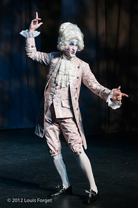 Jeffrey Thompson  in Opera Lafayette's production of Le Roi et le fermier by Monsigny