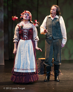 (L. to R.) Yulia Van Doren and William Sharp in Opera Lafayette's production of Le Roi et le fermier by Monsigny
