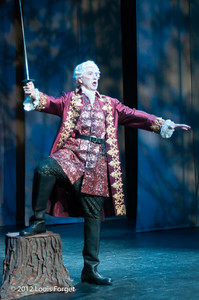 Thomas Michael Allen in Opera Lafayette's production of Le Roi et le fermier by Monsigny