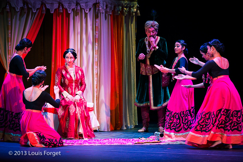 Members of Kalanidhi Dance in Opera Lafayette's production of Lalla Roukh by Félicien David